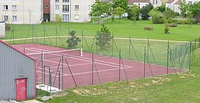 Court de tennis extérieur à Holnon